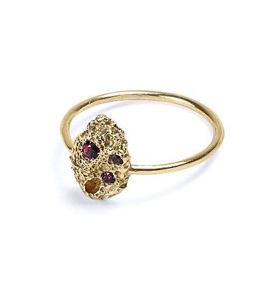 Volcano yellow gold and rubies ring