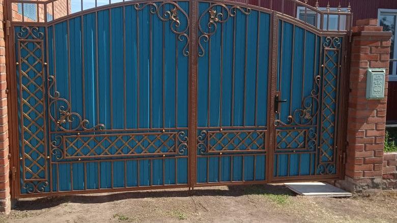 Ворота со встроиной калиткой Арт 9-5