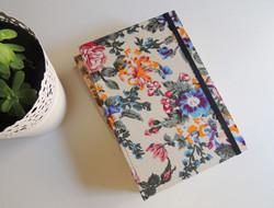 """Notebook Flores azules"""