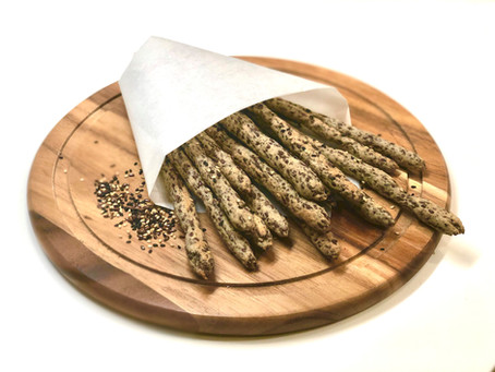 Flaxseed flour bread sticks