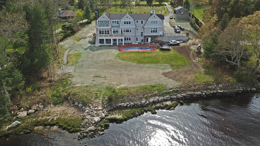 WESTPORT RIVER HOUSE