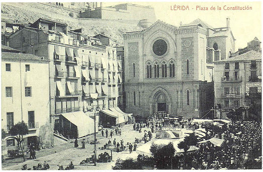 Plaça_Sant_Joan._Lleida.jpg