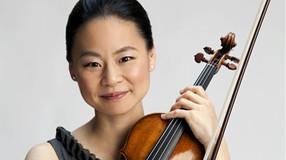 La violinista Midori actua amb l'OMC a Lleida el 25 d'abril 2021 a l' Auditori Enric Granados