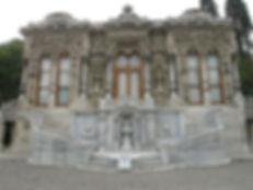 350px-Ihlamur_Palace_Ceremonial_House_01