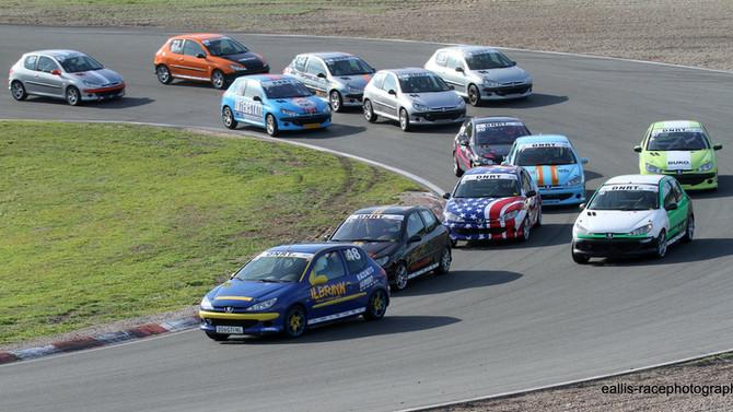 Maak kennis met de 206 GTI Cup bij Vrij Rijden!