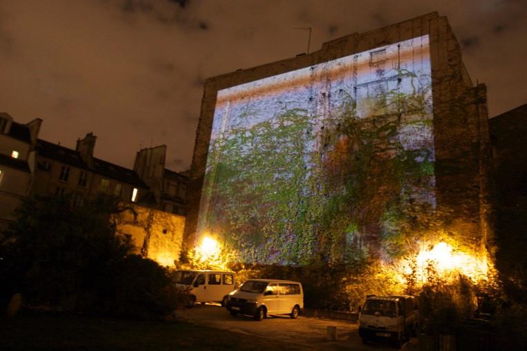 G SPOTTING at La Cité internationale des Arts, Paris Nuit Balnche 2009, Photo by Ben Gitai