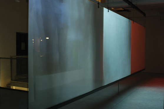 CANICULE Installation documentation at Braverman Gallery 2004 TLV. Photo by: David Adika