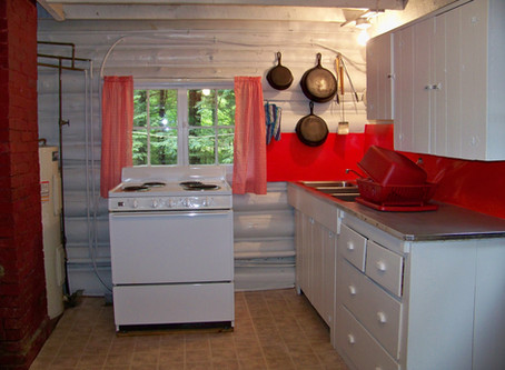 New look for Cottage #1 kitchen :)