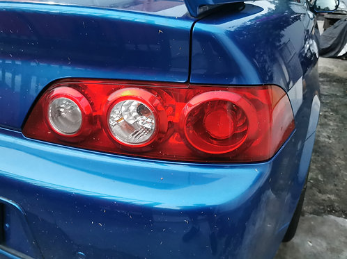 Face-lift DC5 rear lamps. No water leak or cracks.
