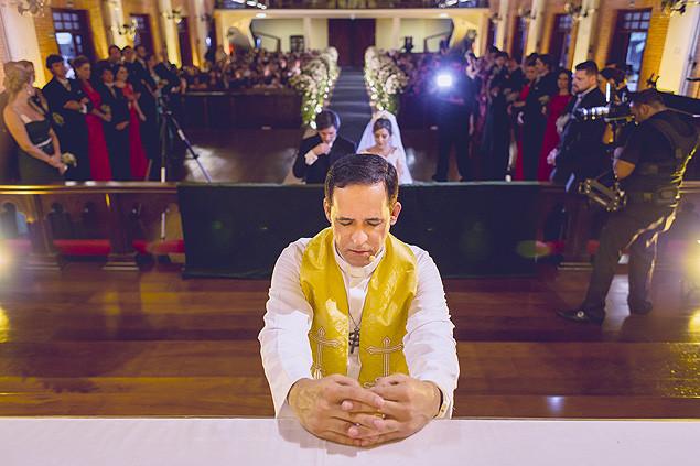 O reverendo Aldo Quintão, que abençoa união entre casais gays