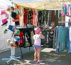 hats-and-accessories-vendor