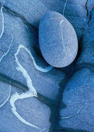 Blue pebble 870.jpg