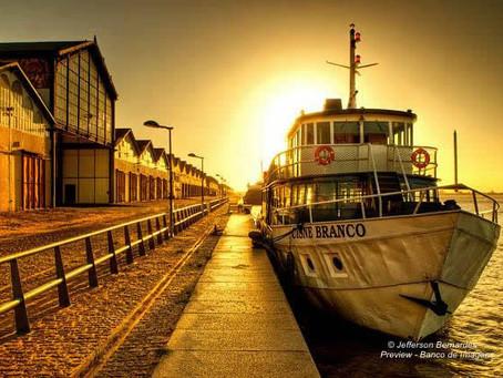 Barco Cisne Branco promove o terceiro Happy Hour de Vinhos