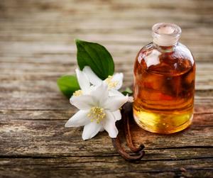 Jázmin-vanília illatú masszázsolaj
