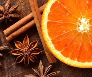 Narancs-Fahéj illatú masszázsolaj