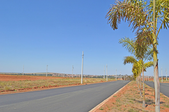 Jardim Manacá Agosto (1).JPG