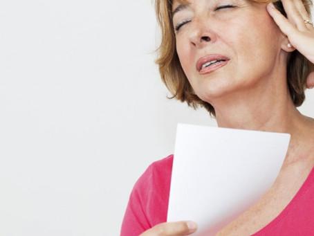 Menopausa: 10 dicas médicas para aliviar os sintomas