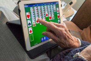 Alzheimer: robôs cuidadores dos vovôs e das vovós – Parte 3