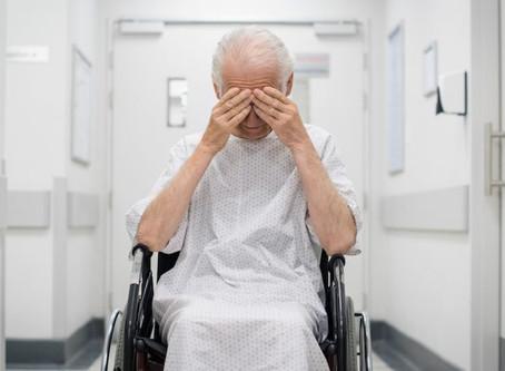 Alzheimer: Falar duas línguas pode atrasar uma série de sintomas de Alzheimer