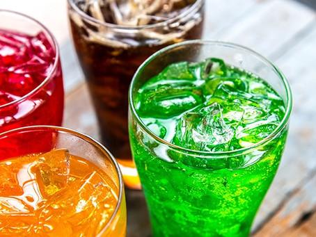Diabetes: Bebidas açucaradas aumentam risco de câncer, diz estudo