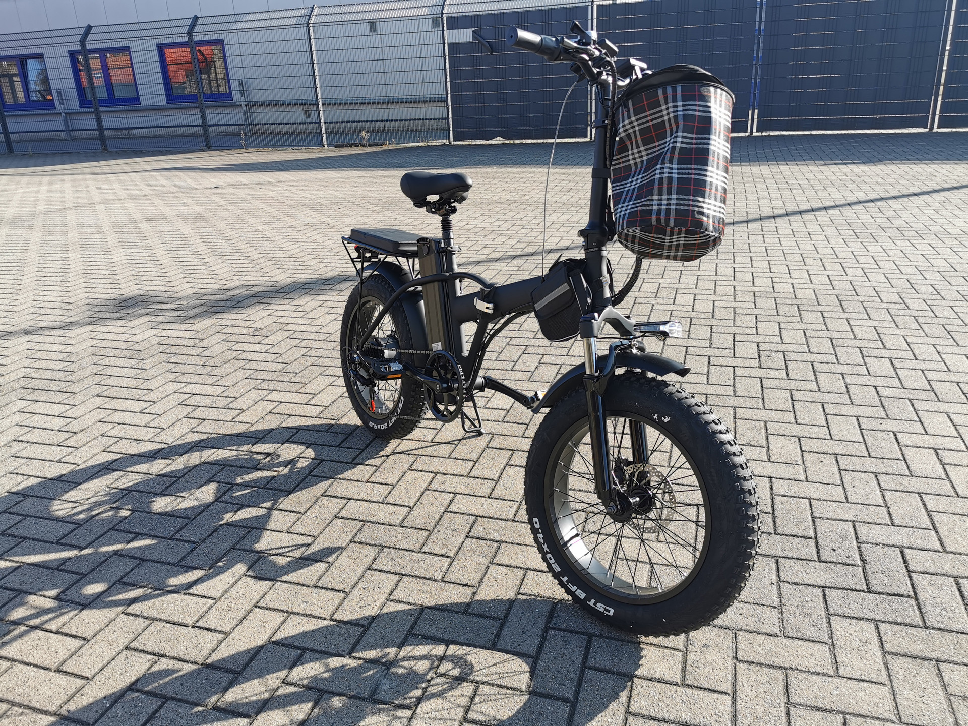 Mini-Fatbike-820 Wh