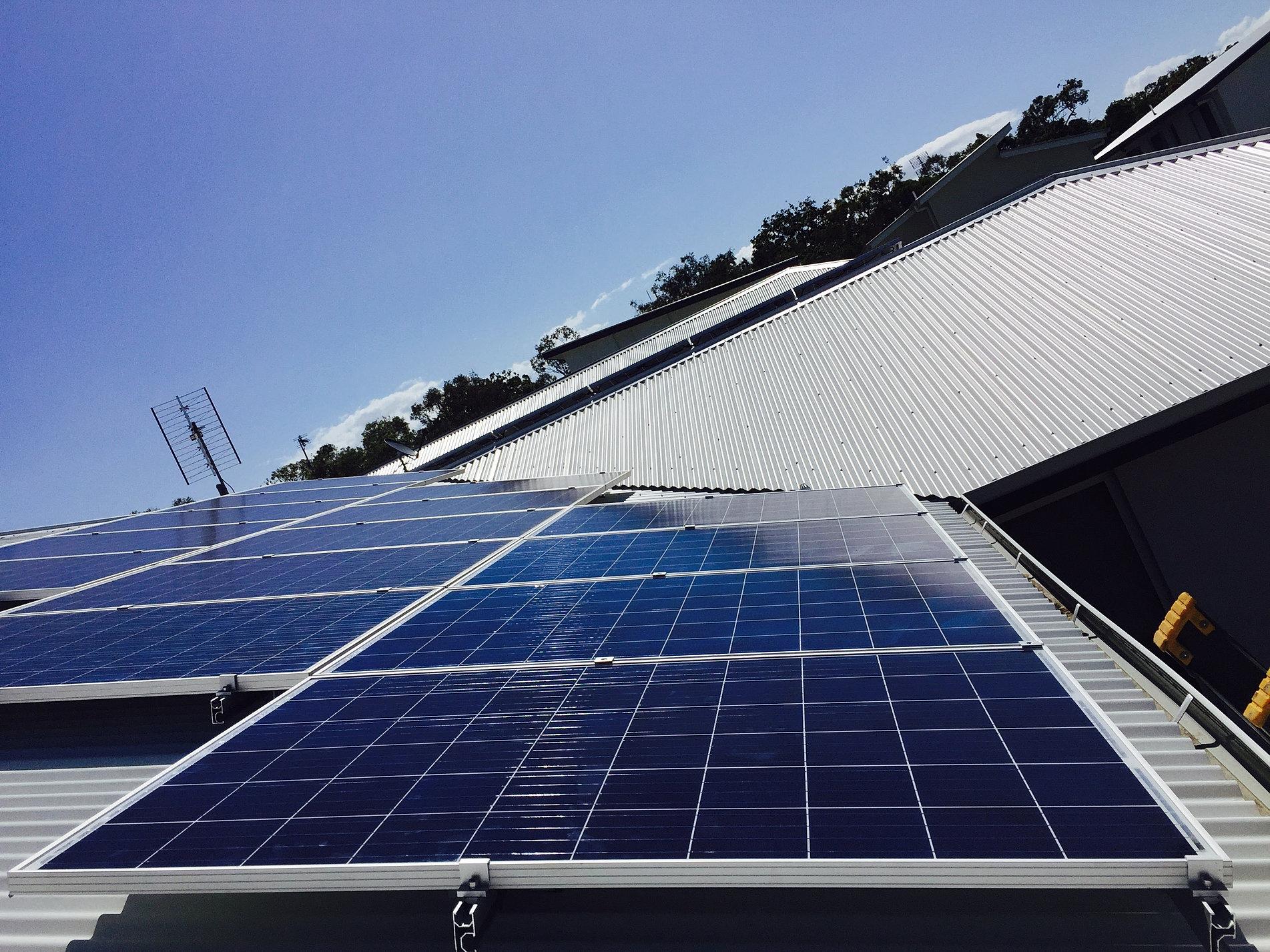 Sunsmart Solar Panels Airconditioning And Solar Heating