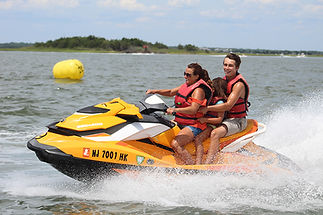 LAkeviewDocks-Waverunner3.jpg