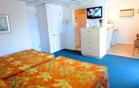 Riviera-Deluxe-room.jpg