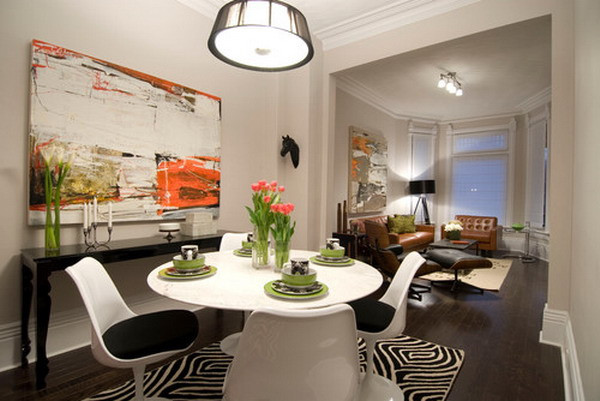Beautiful-Abstract-Art-Murals-in-Small-Dining-Room.jpg