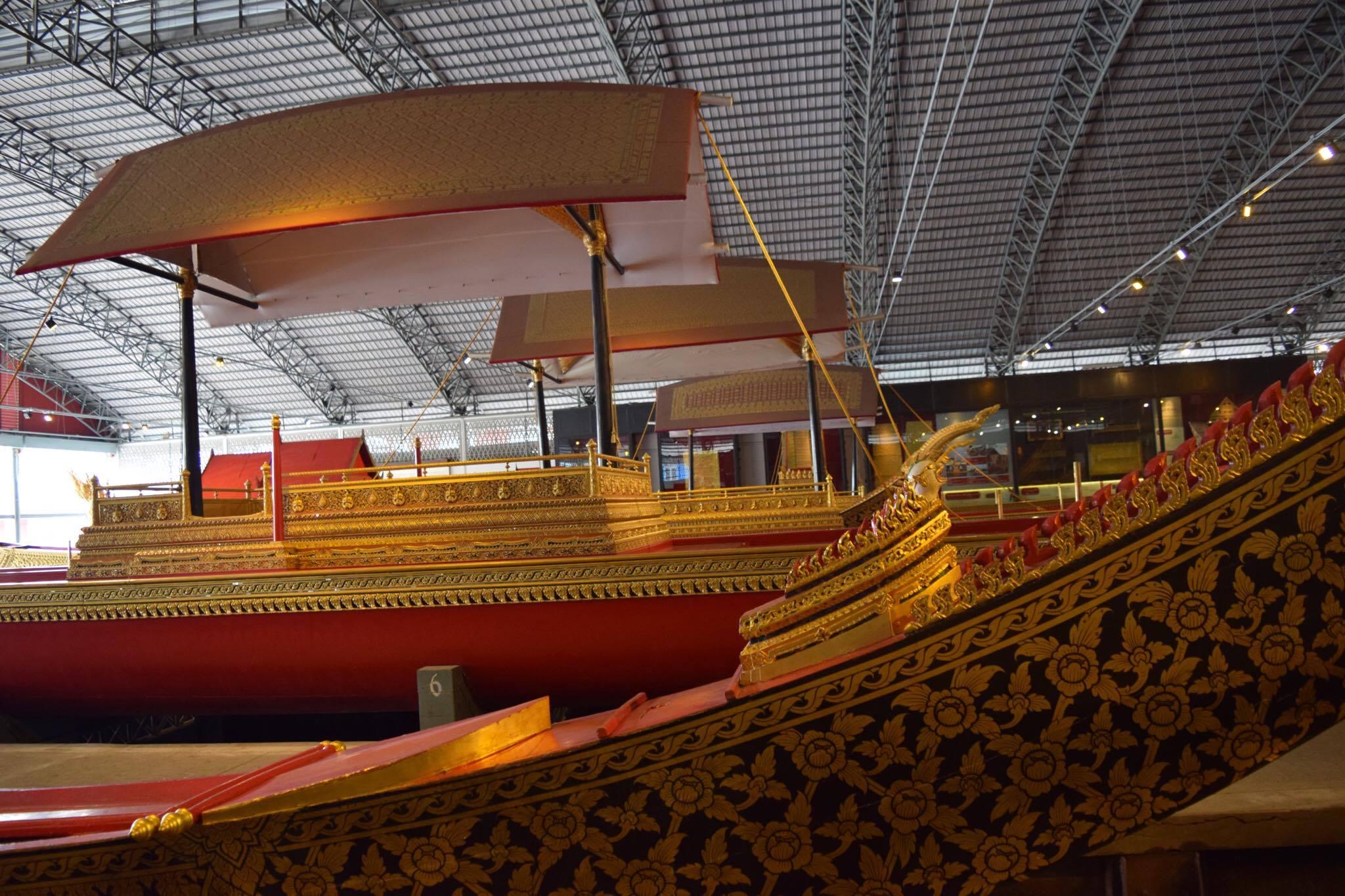 Royal Barges Tour