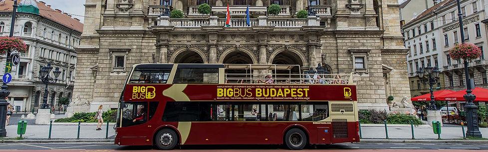 Tourist-Bus-Tour-in-Budapest-Big-Bus-Tou