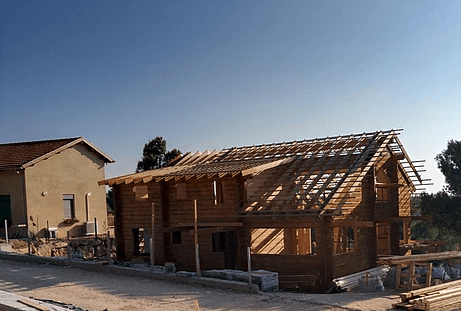 בית מעץ בהר מסע- בשלבי בנייה