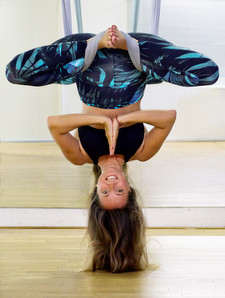 Stef Kerswell Photography-Aerial Yoga -