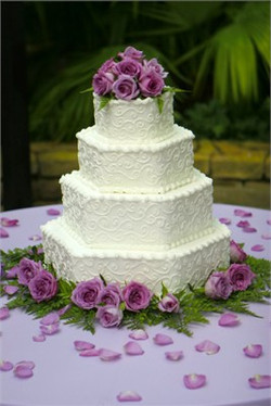 454_400_444186_Purple-cake-4[1].jpg