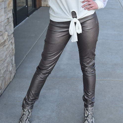 FAUX LEATHER STRETCHY PANTS