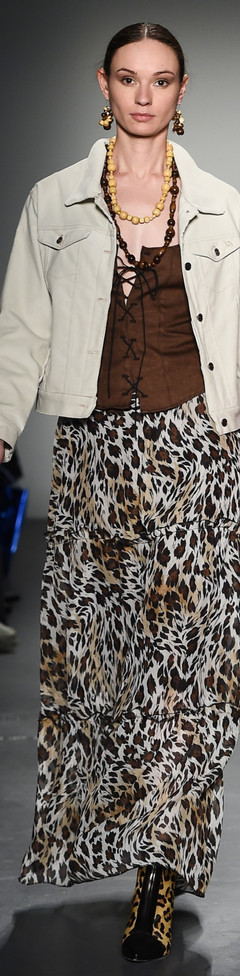 The animal print Maxi skirt and Vest Top