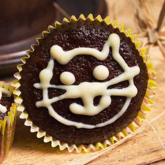 CAT CAKE.jpg