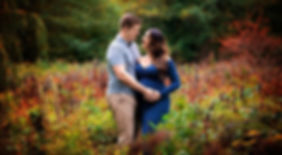 Vancouver Maternity Photography | Outdoor & Studio Maternity Sessions | Amber Theresa Photography