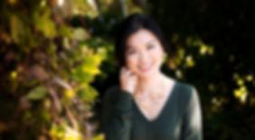 Vancouver Headshot Photography | Outdoor & Studio Headshot Sessions | Amber Theresa Photography