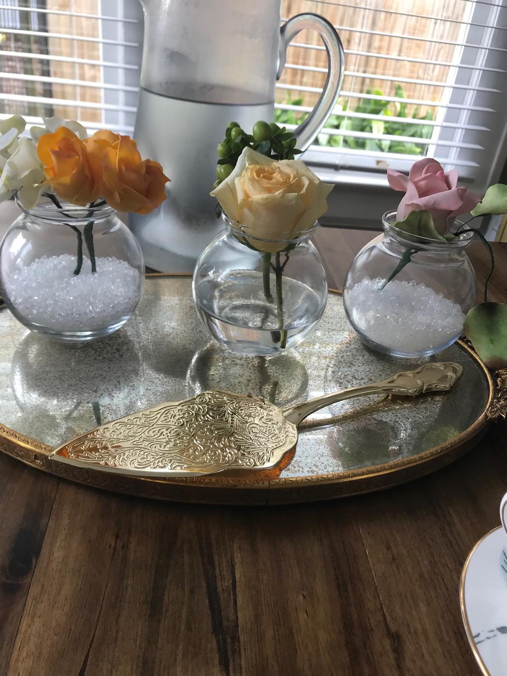 wedding cake tasting decorations sugar flowers