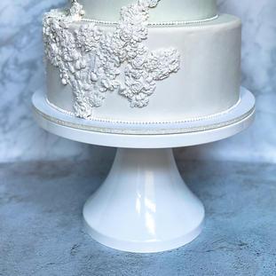 """14"""" white cake stand"""