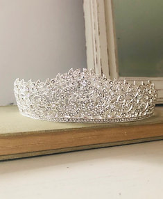 Isabella Princess Crown