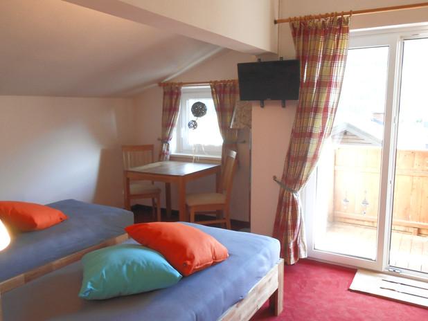 Dachgeschoss Schlafzimmer 1