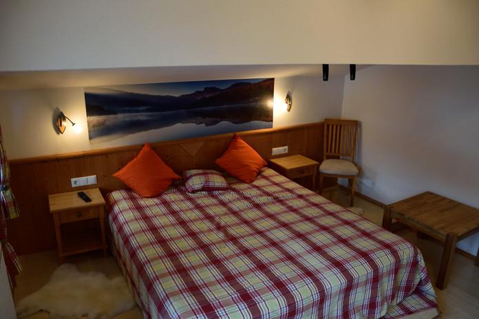 Dachgeschoss Schlafzimmer 2