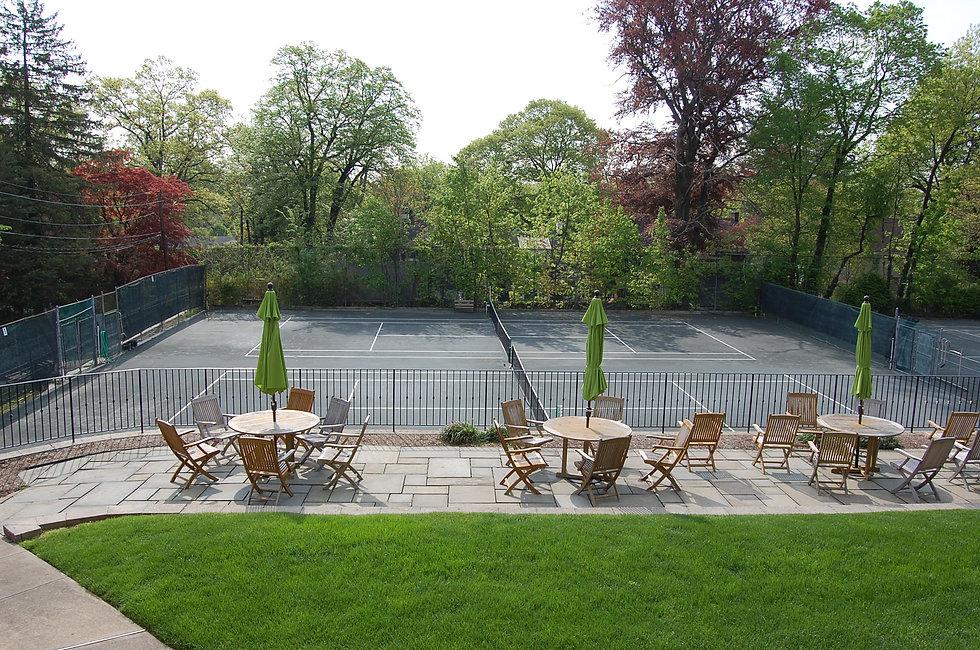 Maplewood Little Club tennis courts