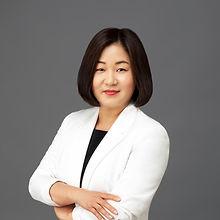 Olivia Kim-071-Edit copy.jpg