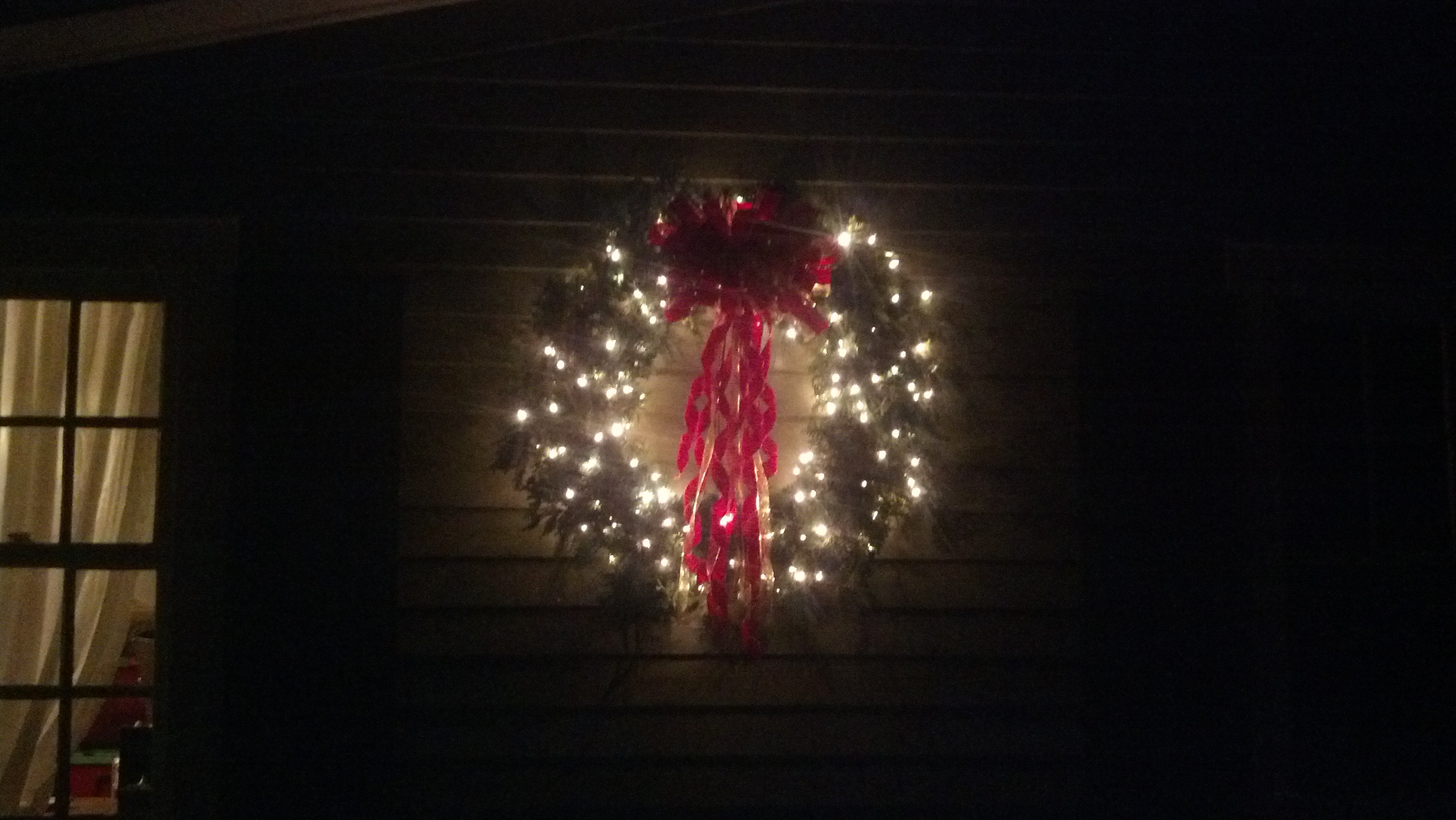 3 ft mixed wreath, lit (at night)