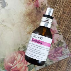 agua-perfumada-rose-aromadipaola
