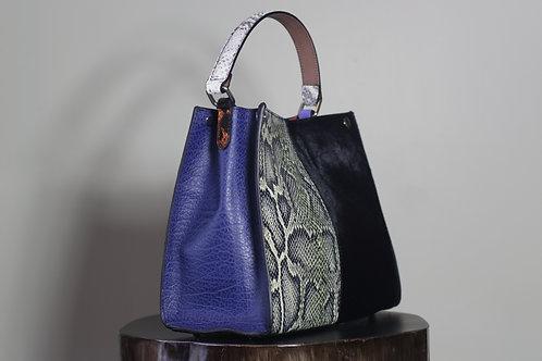 W20 Import 3845 Multi Leather Bag
