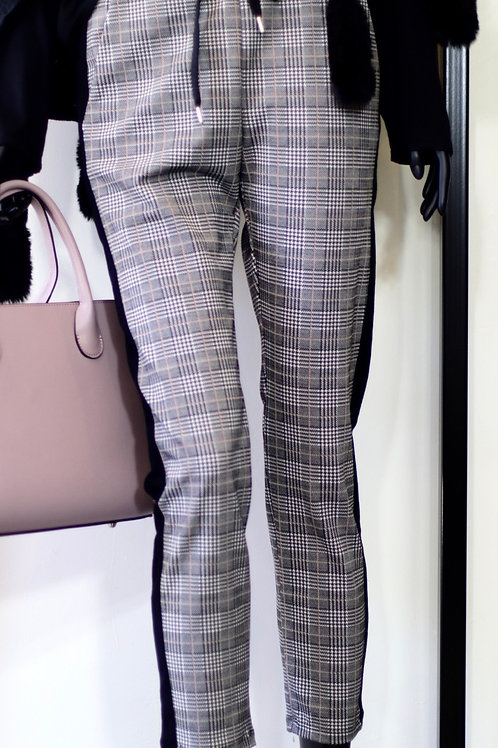 W20 Import Check Pant